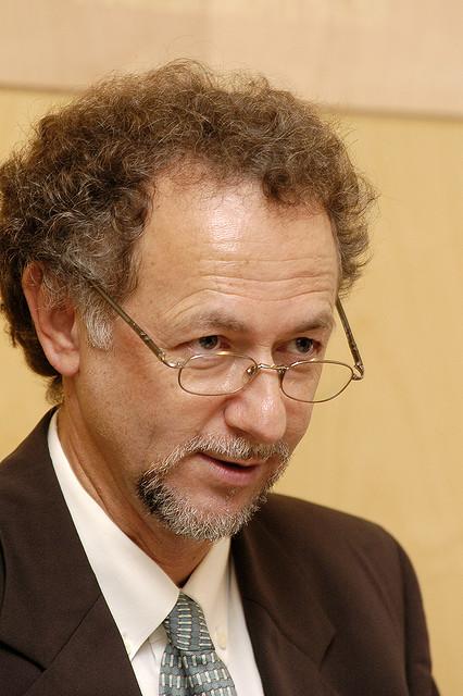 Professor Fernand de Varennes visits Lithuania