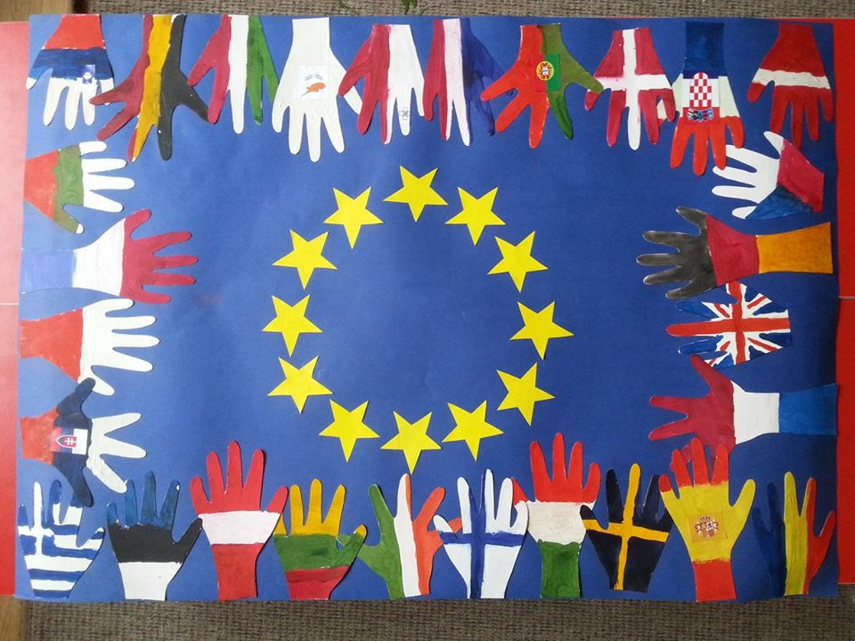 The European Union strategy for multilingualism and acquaintance with foreign languages in Lithuania.