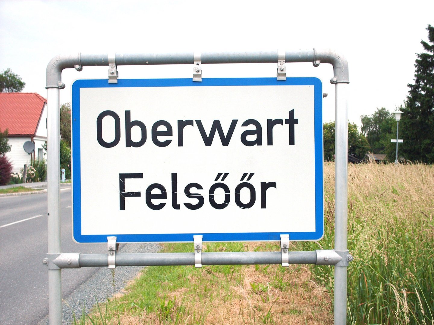 Bilingual Signboards are standard in the European Union